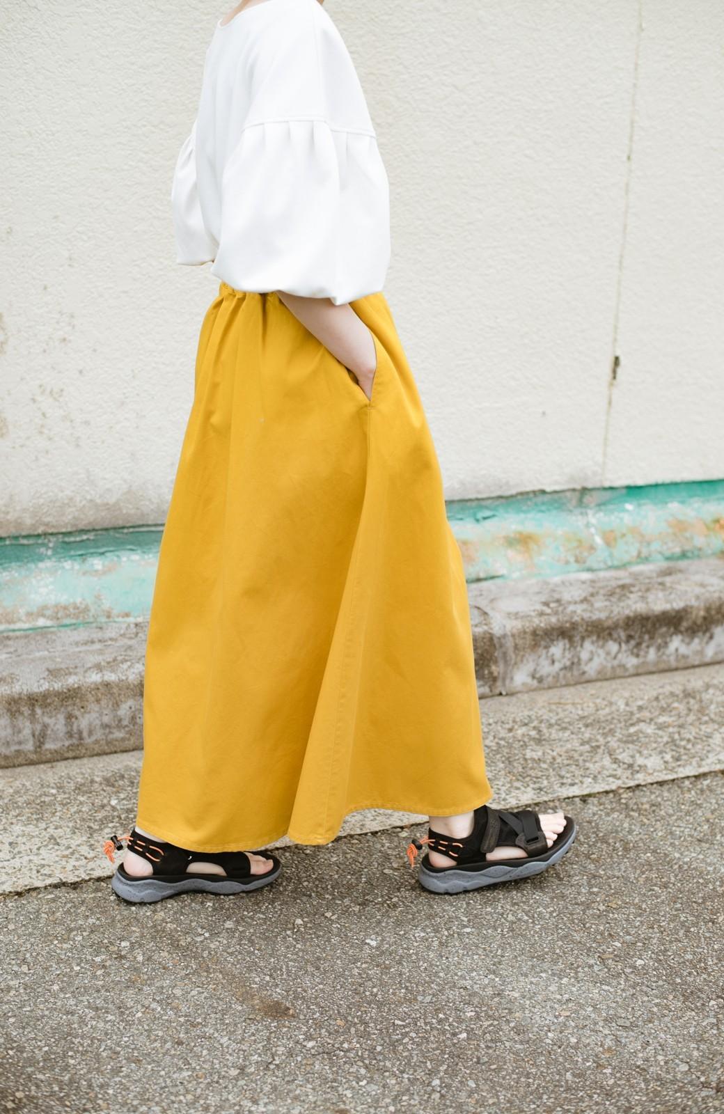 haco! ロングシーズン楽しめる タックボリュームのチノロングスカート <イエロー>の商品写真20