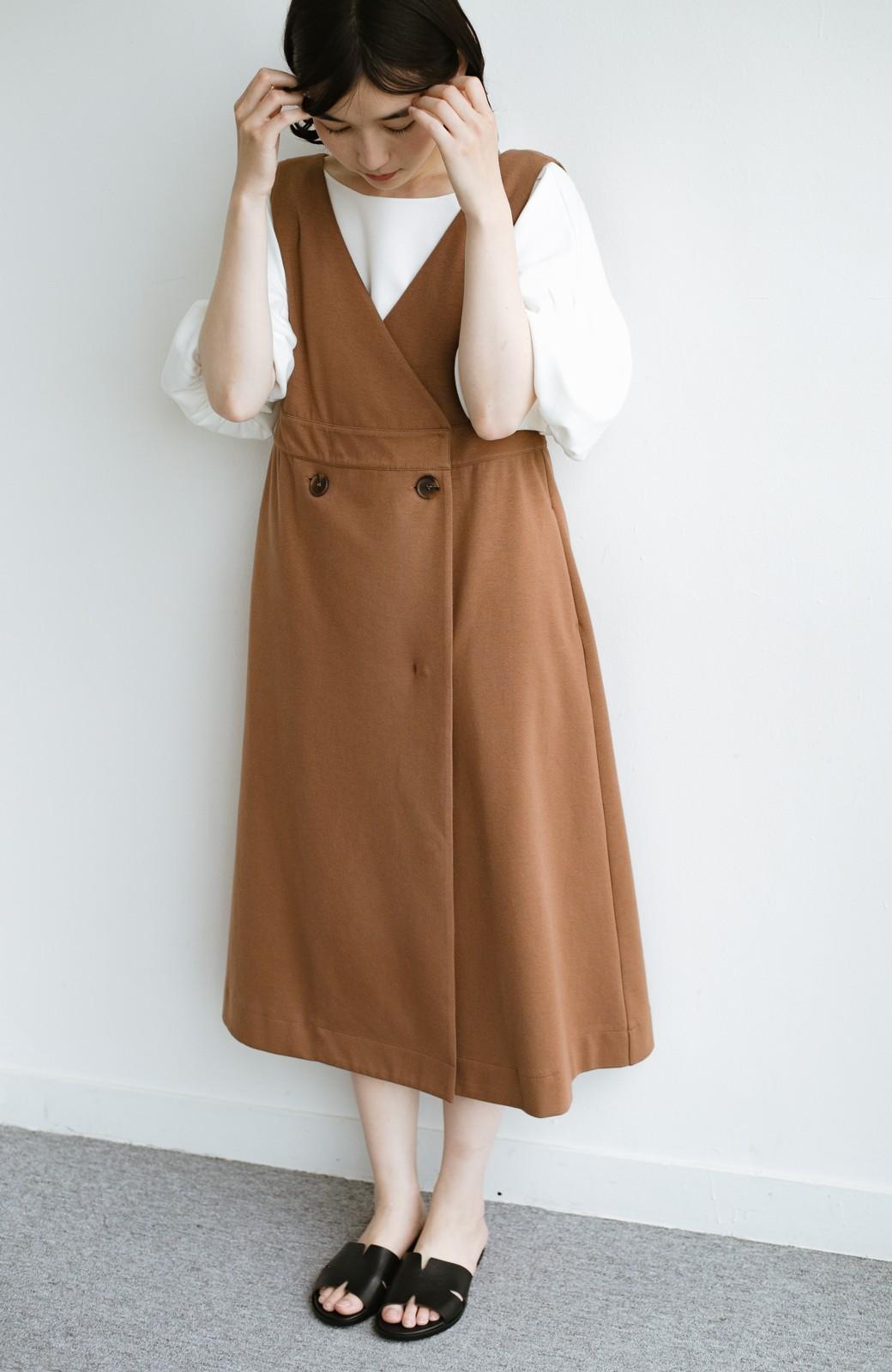 haco! 【ブラック残りわずか!】頑張りすぎずにちゃんとかわいい カットソージャンパースカート <ライトブラウン>の商品写真2