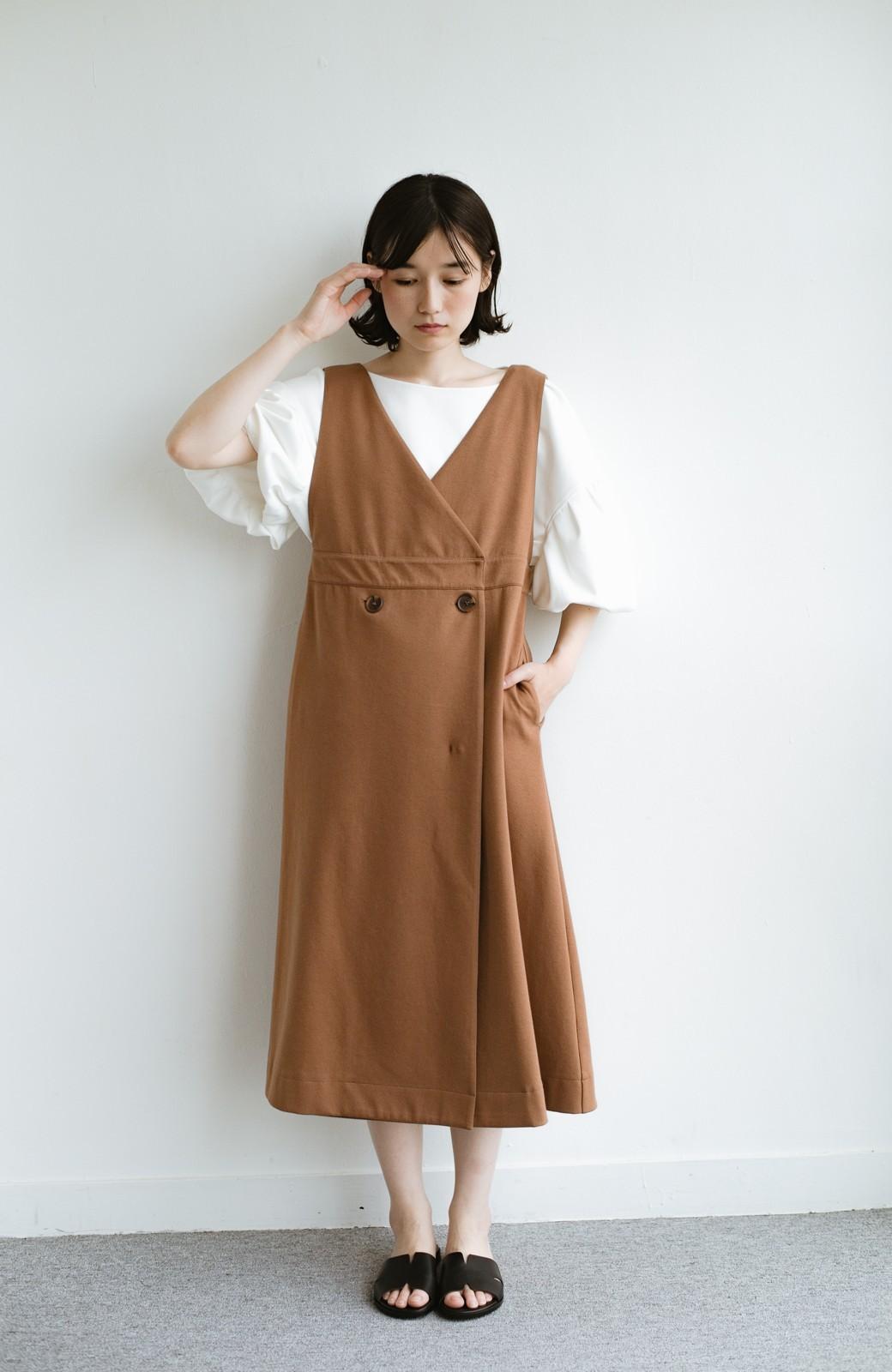 haco! 【ブラック残りわずか!】頑張りすぎずにちゃんとかわいい カットソージャンパースカート <ライトブラウン>の商品写真9