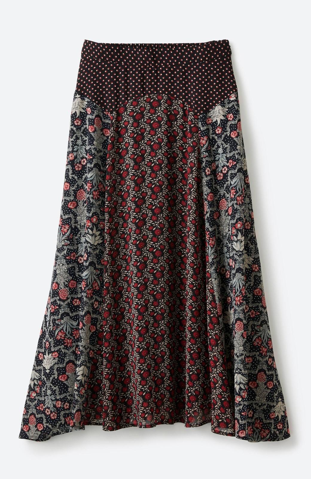 haco! 【洗濯機洗いOK】シンプルなトップスに合わせるだけでかわいくなれる MIX柄スカート <ブラック系その他>の商品写真3