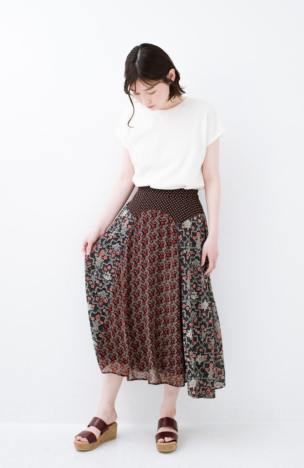 haco! 【洗濯機洗いOK】シンプルなトップスに合わせるだけでかわいくなれる MIX柄スカート <ブラック系その他>の商品写真12