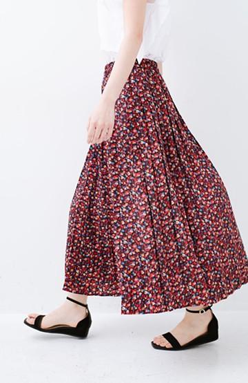 haco! 【再入荷】これを着てお出かけしたくなる!はきやすくて気分が上がる花柄プリーツスカート <レッド系その他>の商品写真