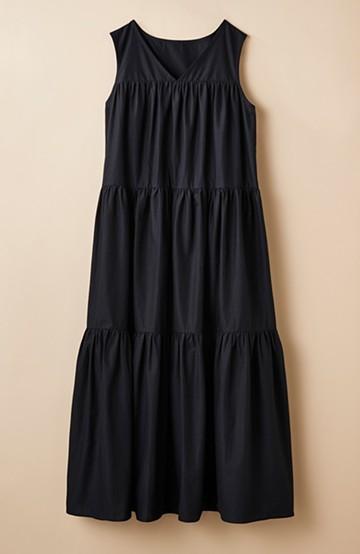 haco! 暑いときにはこれしかない!1枚で着られるティアードノースリーブワンピース by que made me <ブラック>の商品写真