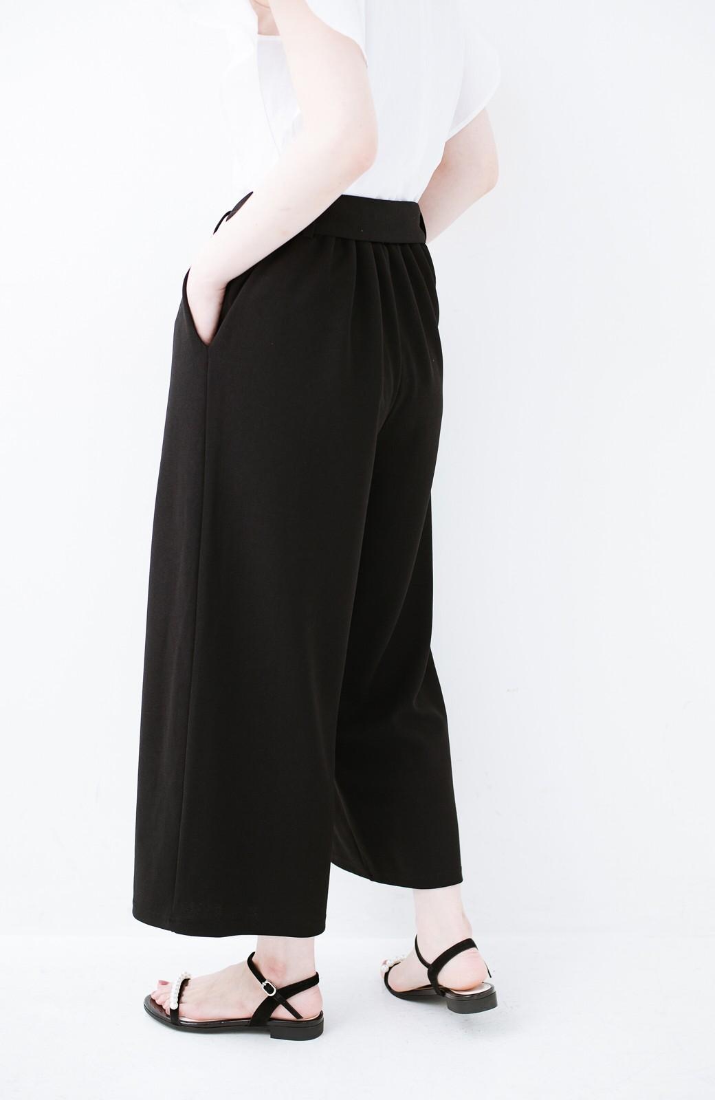 haco! きれいに見えて実は動きやすい!とにかく便利な短め丈パンツ by Nohea <ブラック>の商品写真8