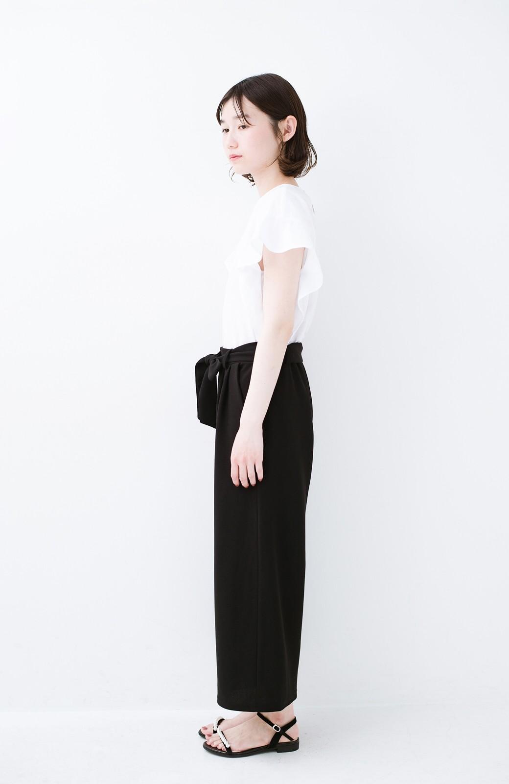 haco! きれいに見えて実は動きやすい!とにかく便利な短め丈パンツ by Nohea <ブラック>の商品写真13