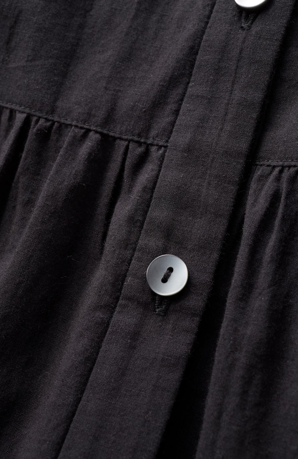 """haco! 太って見える""""ズドーン""""を解消!胸が大きいさんのための羽織りにもなる2WAYワンピース from チャームポイント敬愛企画 <ブラック>の商品写真3"""