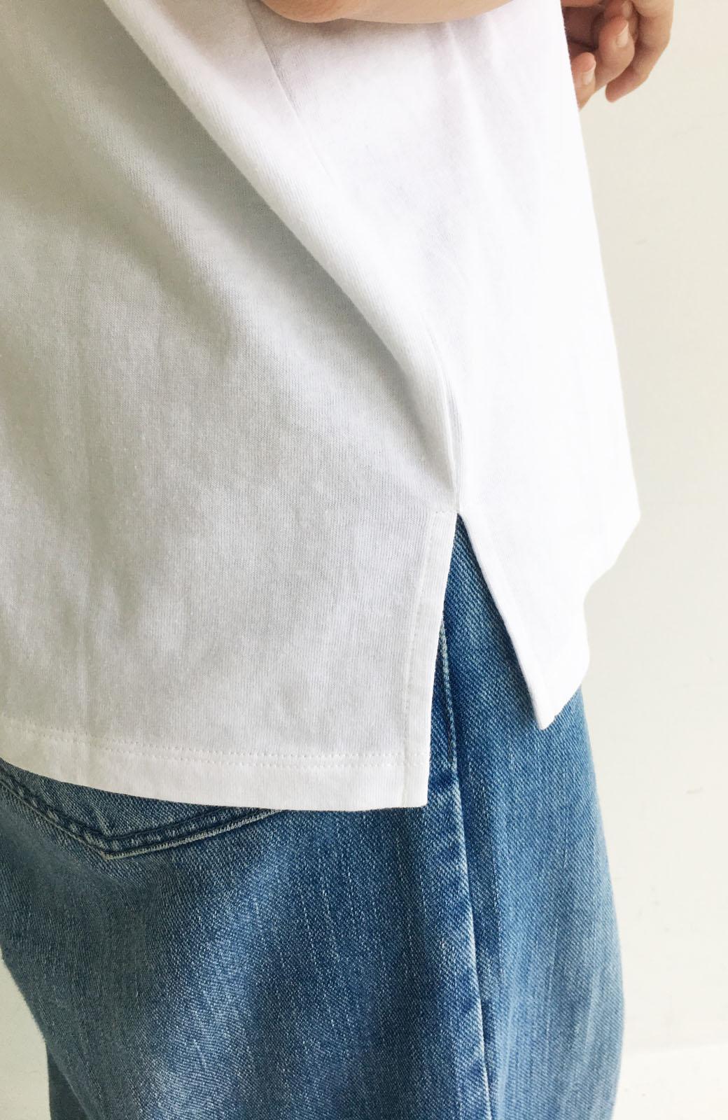 """haco! 胸まわり""""バイーン""""を解決!胸が大きいさんのためのベストシルエットTシャツ from チャームポイント敬愛企画 <ホワイト>の商品写真13"""