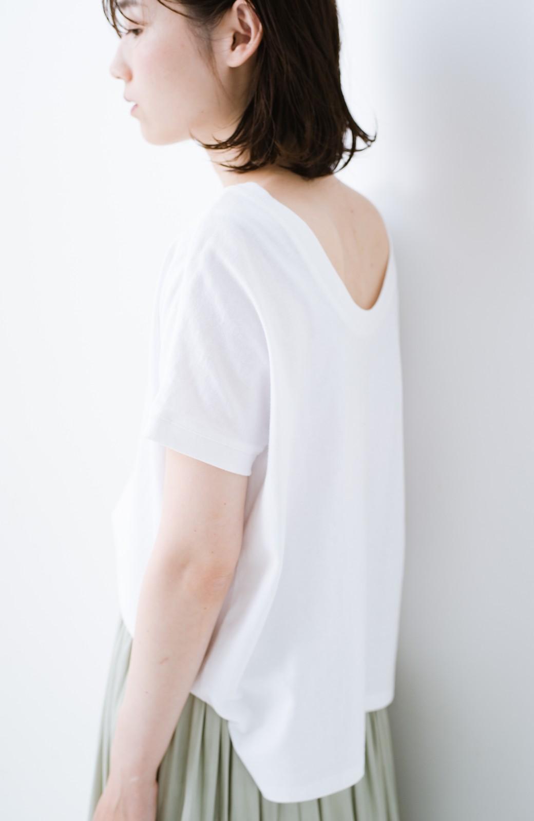 """haco! 胸まわり""""バイーン""""を解決!胸が大きいさんのためのベストシルエットTシャツ from チャームポイント敬愛企画 <ホワイト>の商品写真19"""