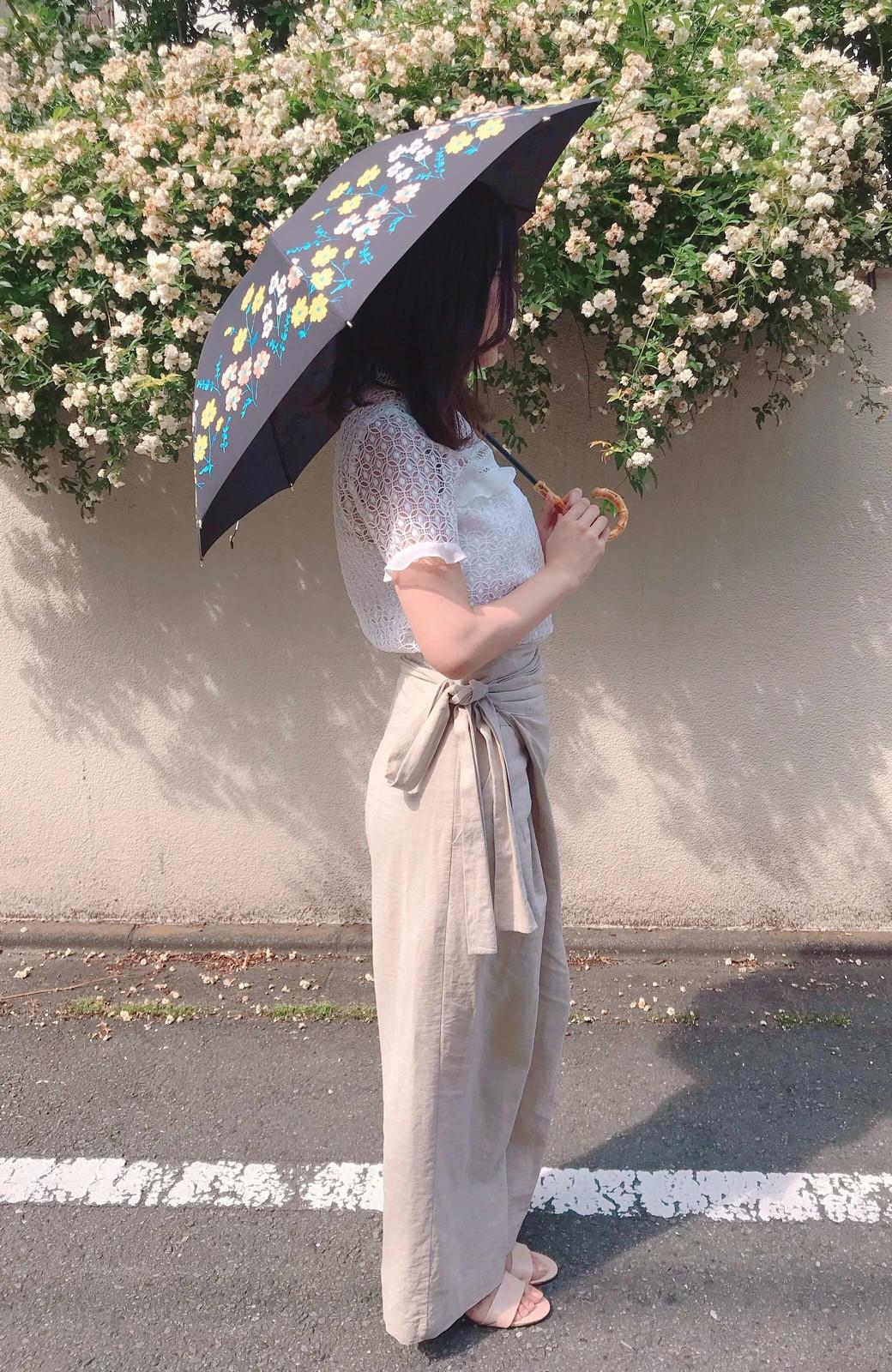 haco! Wpc.<晴雨兼用>フラワーベッド柄日傘 <ブラック>の商品写真6