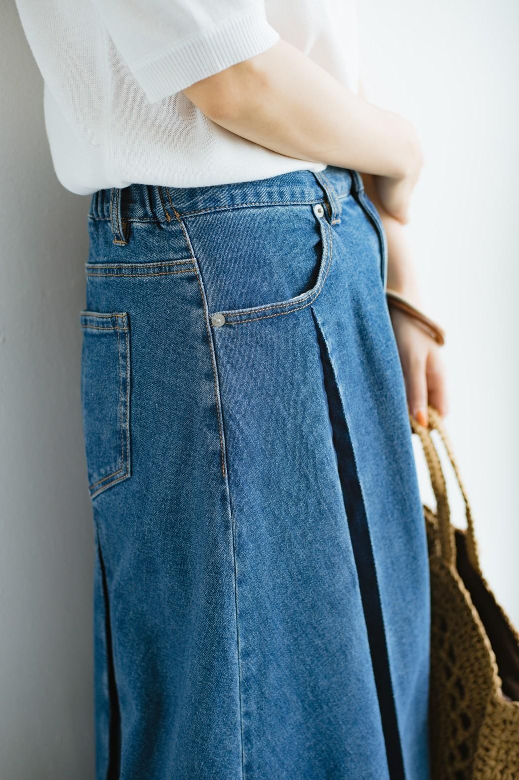 haco! 【新色登場&再入荷!】デニムパネルプリーツスカート <ブルー>の商品写真4