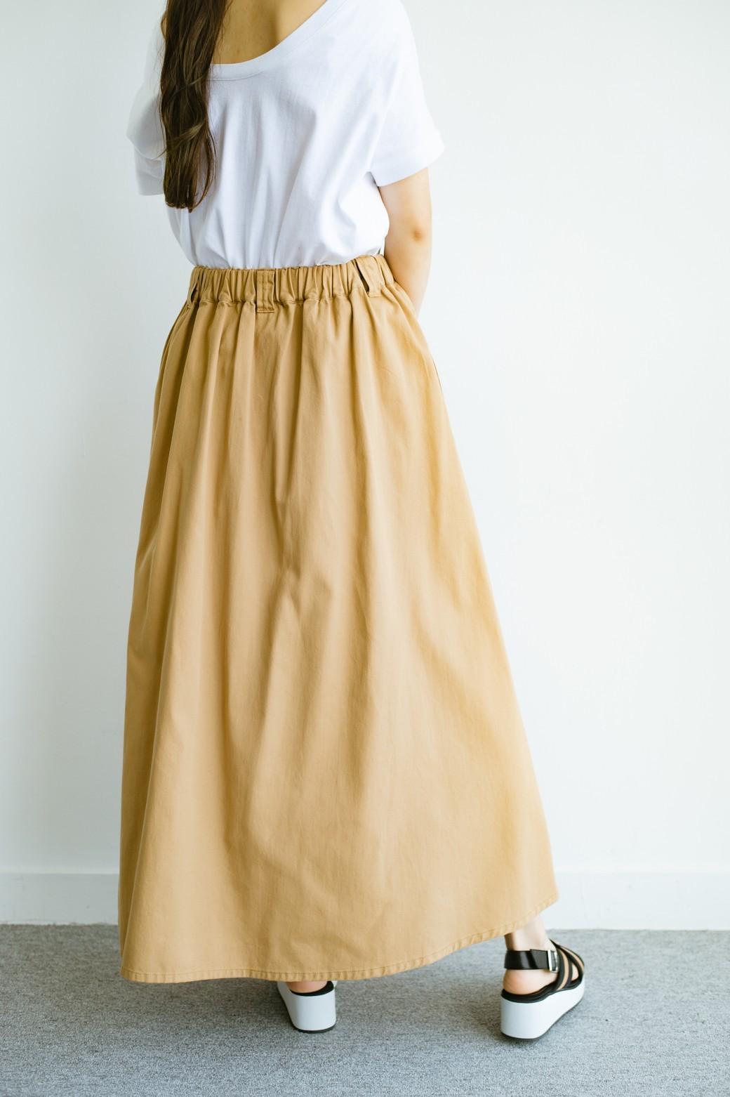 haco! 【今年も再販!】ロングシーズン楽しめる タックボリュームのチノロングスカート <ベージュ>の商品写真5