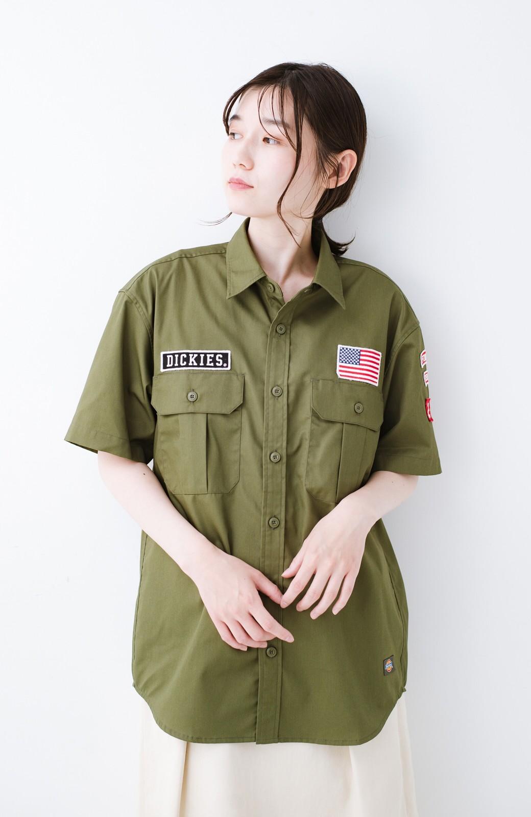 haco! Dickies TCツイルワッペン付きルーズフィット半袖ワークシャツ <オリーブ>の商品写真9