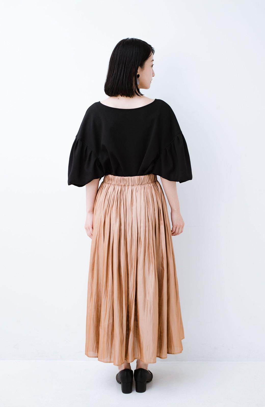 haco! 1枚でも重ね着にも便利なキラキラ素材がかわいいロングスカート by laulea <ライトブラウン>の商品写真14