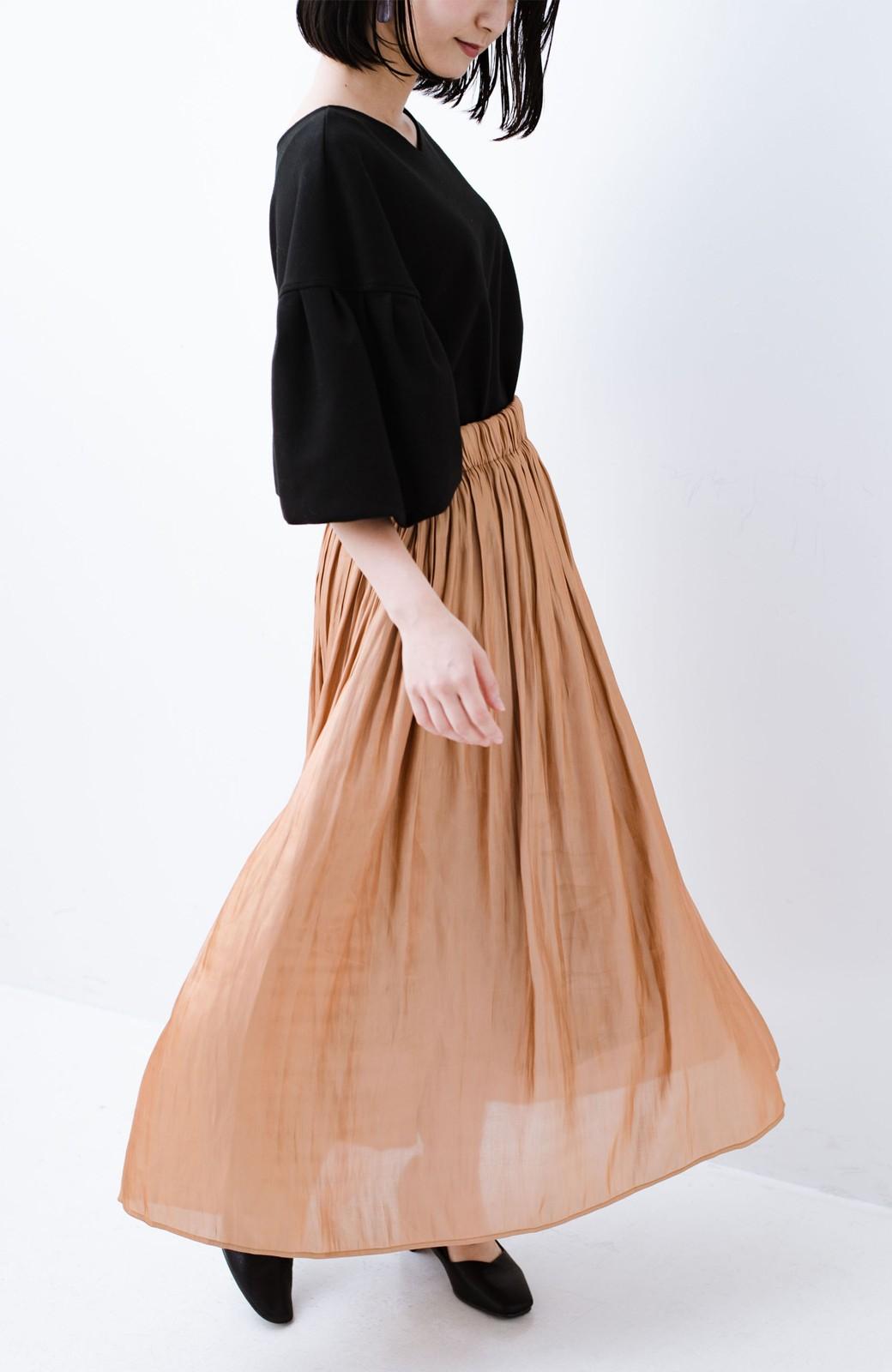haco! 1枚でも重ね着にも便利なキラキラ素材がかわいいロングスカート by laulea <ライトブラウン>の商品写真15