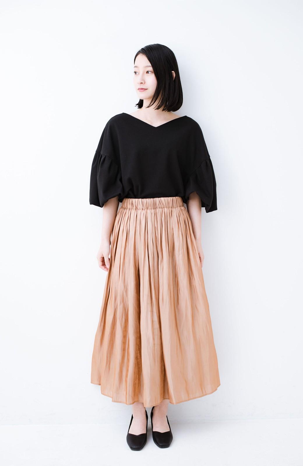 haco! 1枚でも重ね着にも便利なキラキラ素材がかわいいロングスカート by laulea <ライトブラウン>の商品写真6