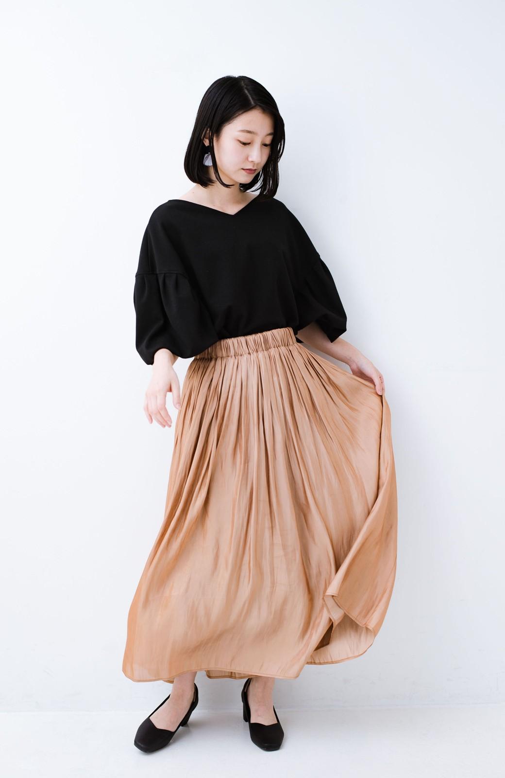 haco! 1枚でも重ね着にも便利なキラキラ素材がかわいいロングスカート by laulea <ライトブラウン>の商品写真7