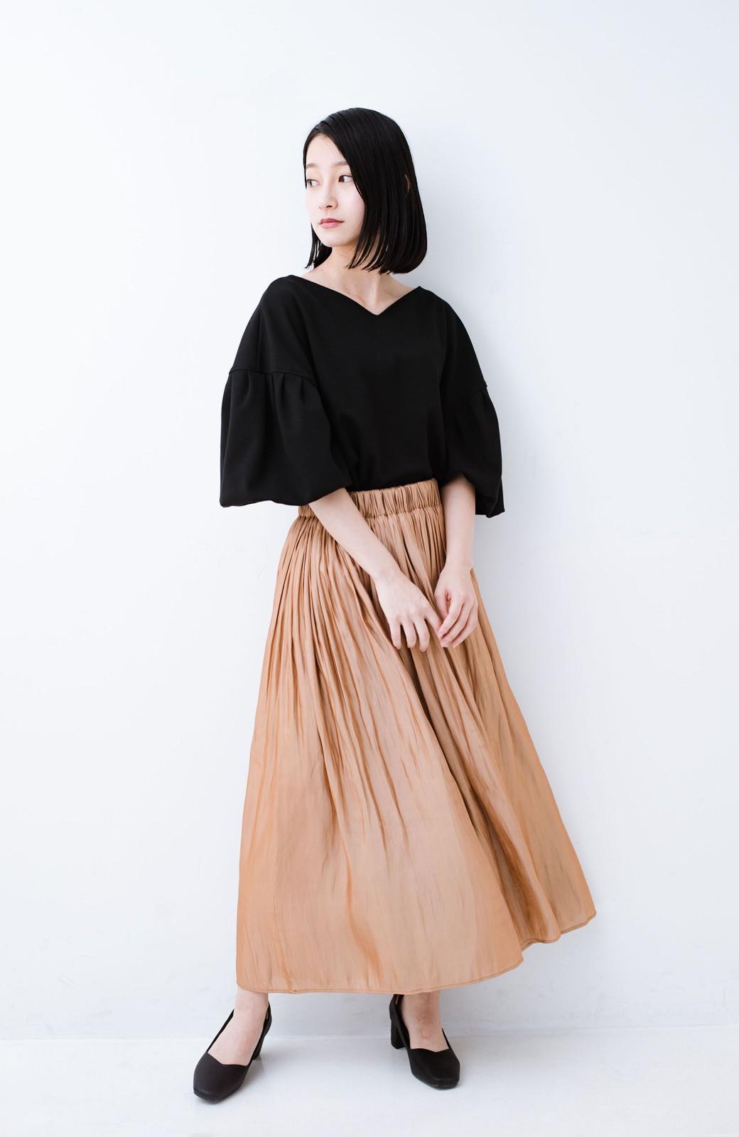 haco! 1枚でも重ね着にも便利なキラキラ素材がかわいいロングスカート by laulea <ライトブラウン>の商品写真8