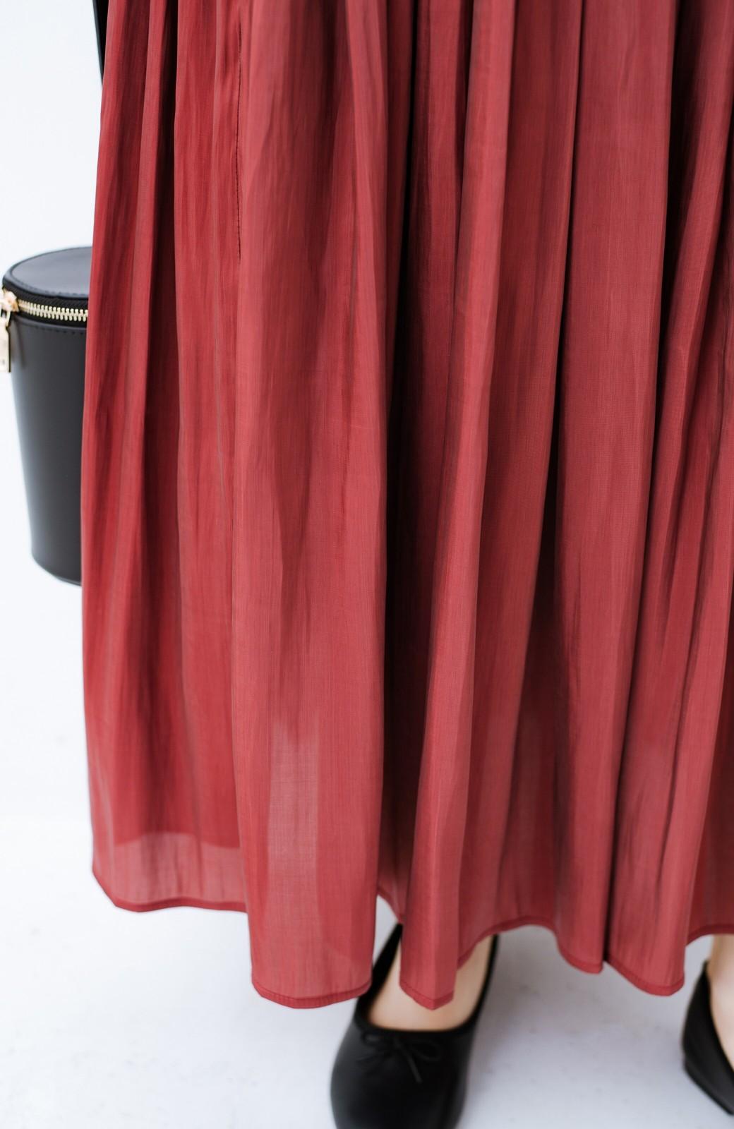 haco! 【人気のため新色追加!】1枚でも重ね着にも便利なキラキラ素材がかわいいロングスカート by laulea <ボルドー>の商品写真9