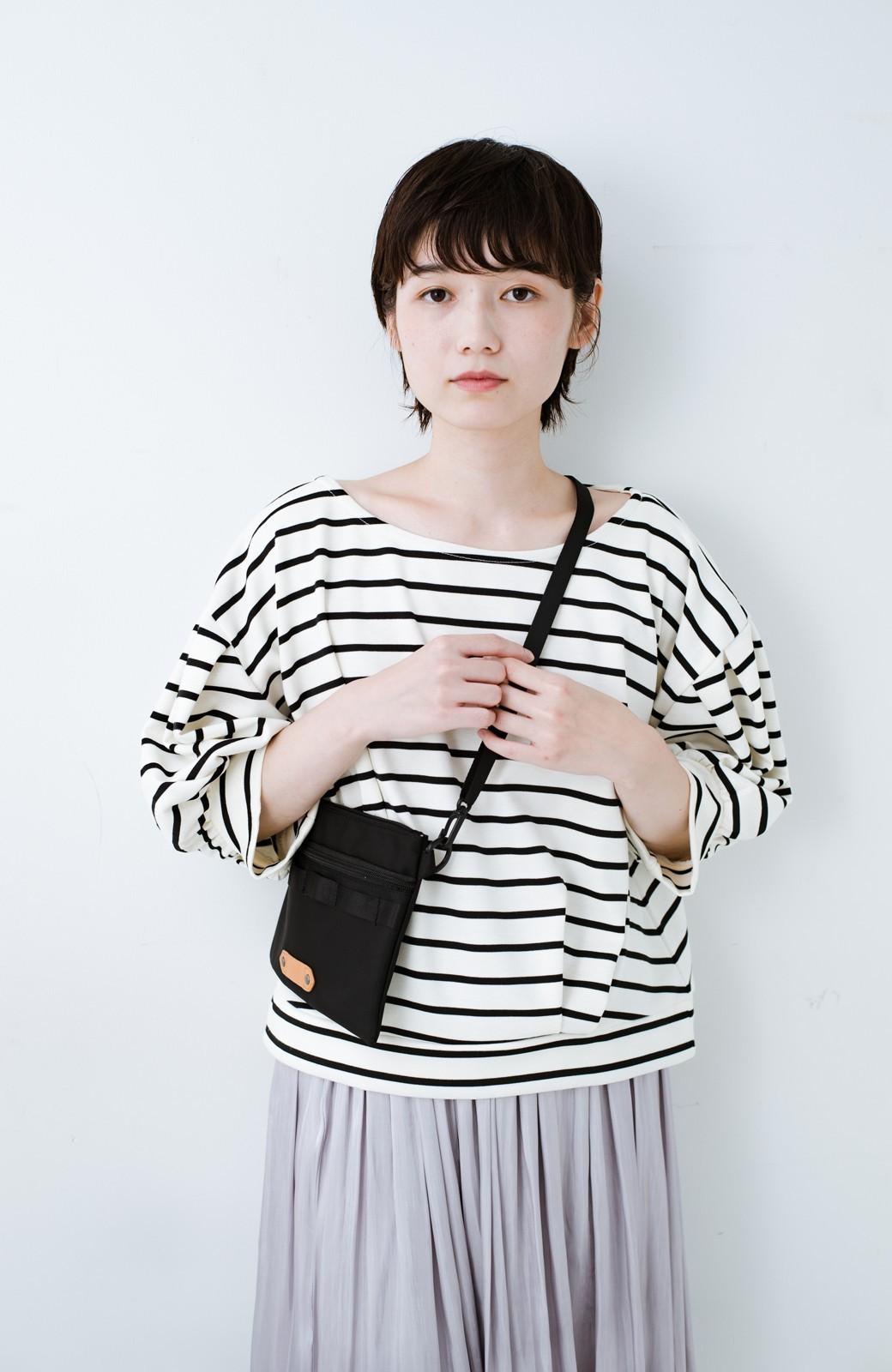 haco! ぷっくり袖ボーダートップス <ホワイト×ブラック>の商品写真2