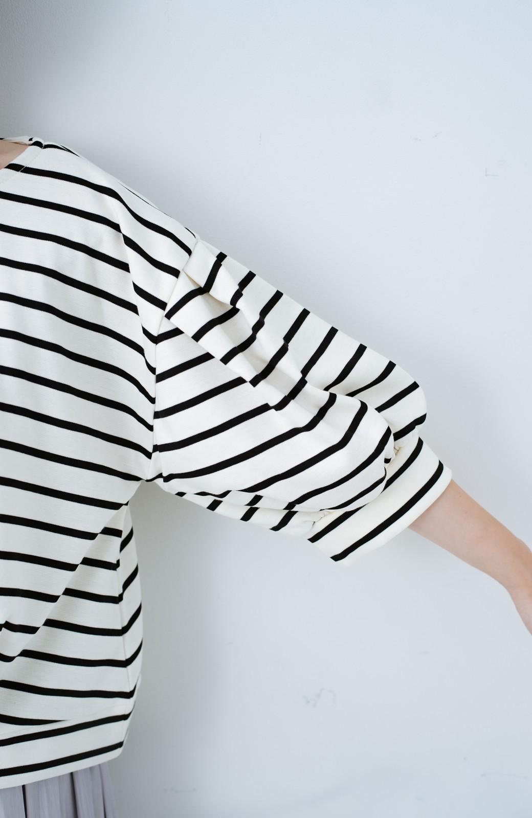 haco! ぷっくり袖ボーダートップス <ホワイト×ブラック>の商品写真4