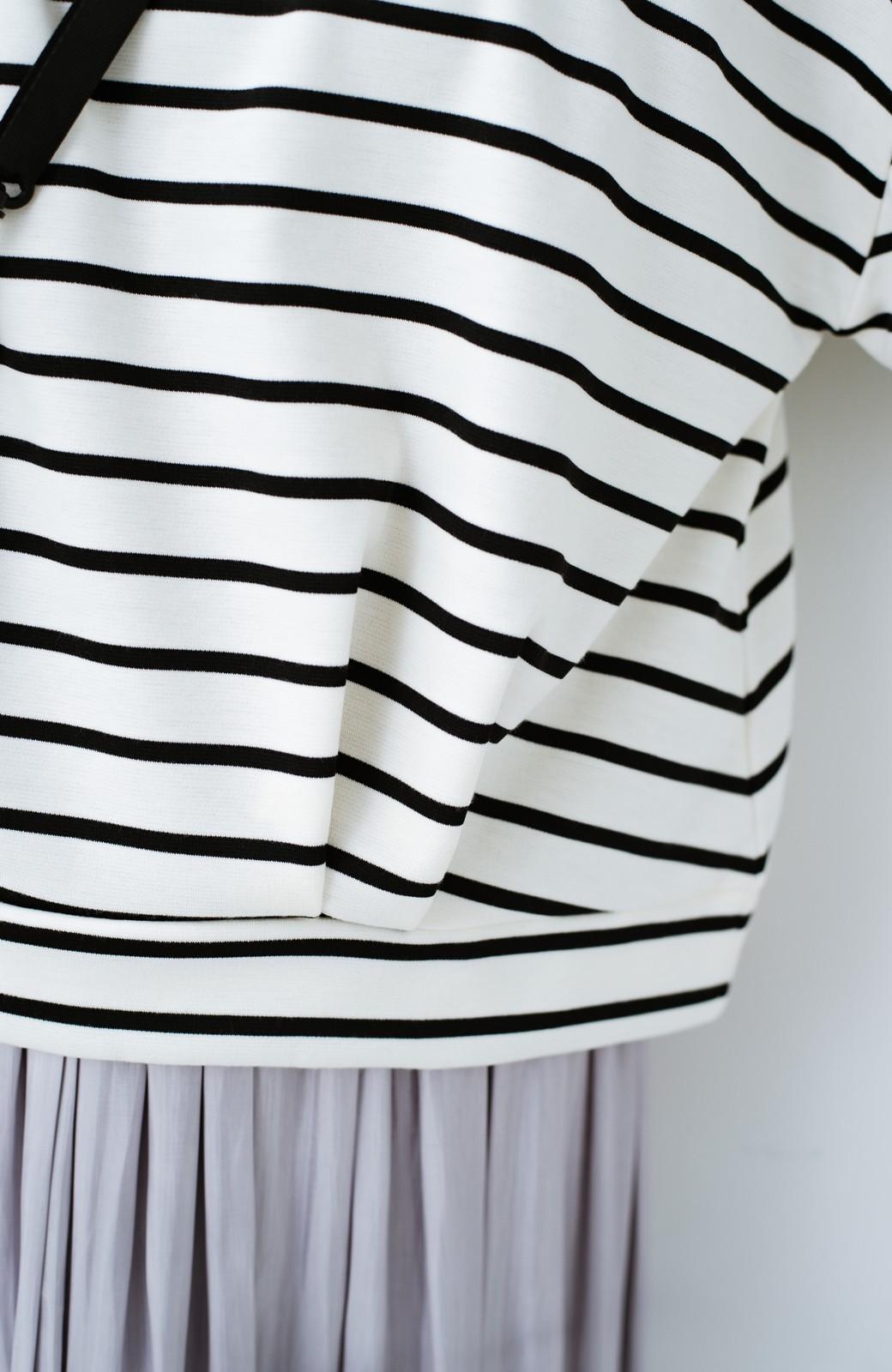 haco! ぷっくり袖ボーダートップス <ホワイト×ブラック>の商品写真5