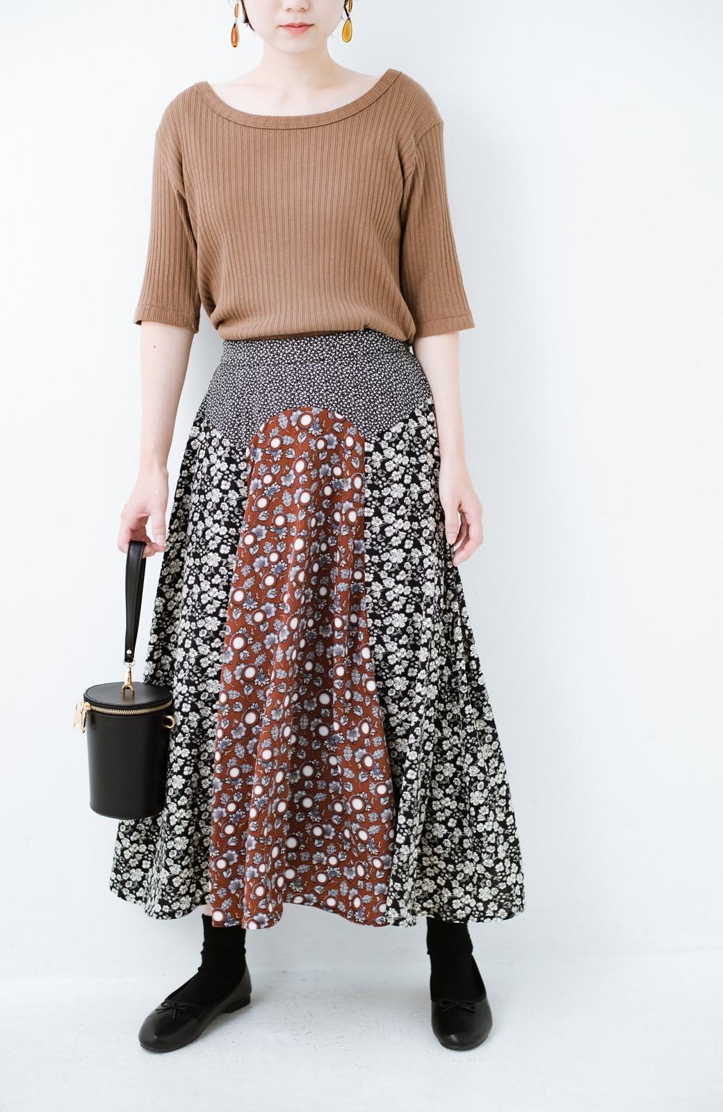 haco! 【洗濯機洗いOK】シンプルなトップスに合わせるだけでかわいくなれる MIX柄スカート <ブラックミックス>の商品写真2