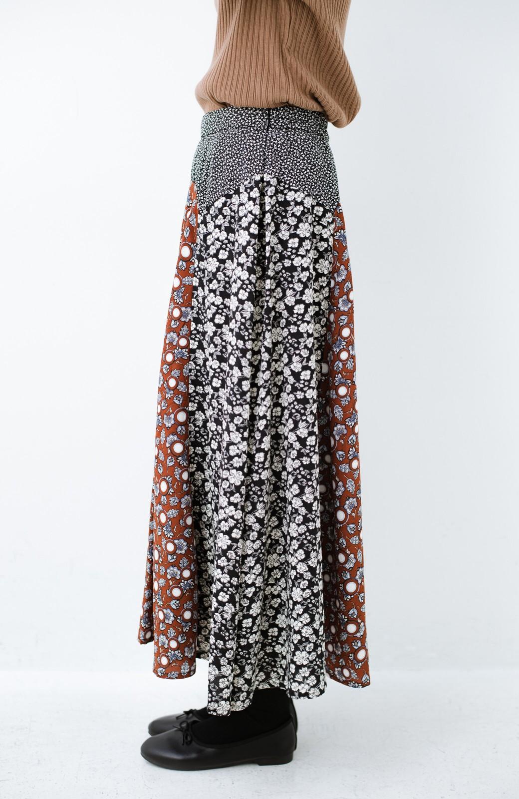 haco! 【洗濯機洗いOK】シンプルなトップスに合わせるだけでかわいくなれる MIX柄スカート <ブラックミックス>の商品写真7