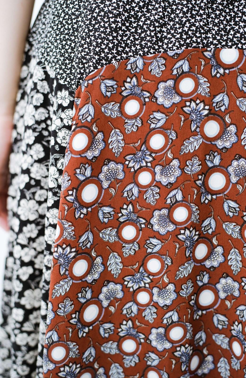 haco! 【洗濯機洗いOK】シンプルなトップスに合わせるだけでかわいくなれる MIX柄スカート <ブラックミックス>の商品写真10
