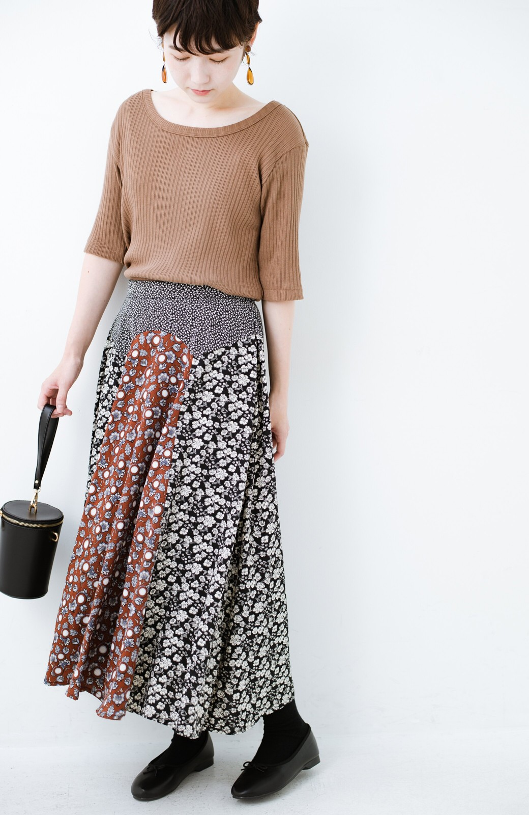 haco! 【洗濯機洗いOK】シンプルなトップスに合わせるだけでかわいくなれる MIX柄スカート <ブラックミックス>の商品写真16