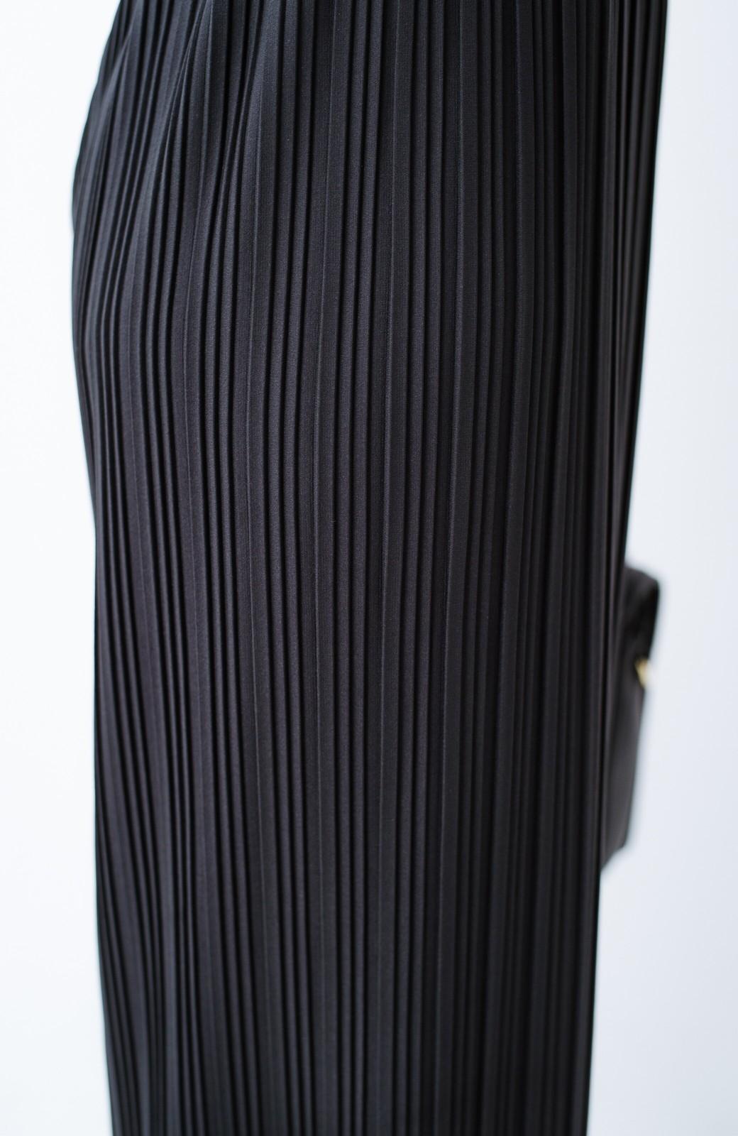 haco! パンツ派さんのデートにもカジュアル派さんの重ね着にも便利なプリーツパンツ  <チャコールグレー>の商品写真9
