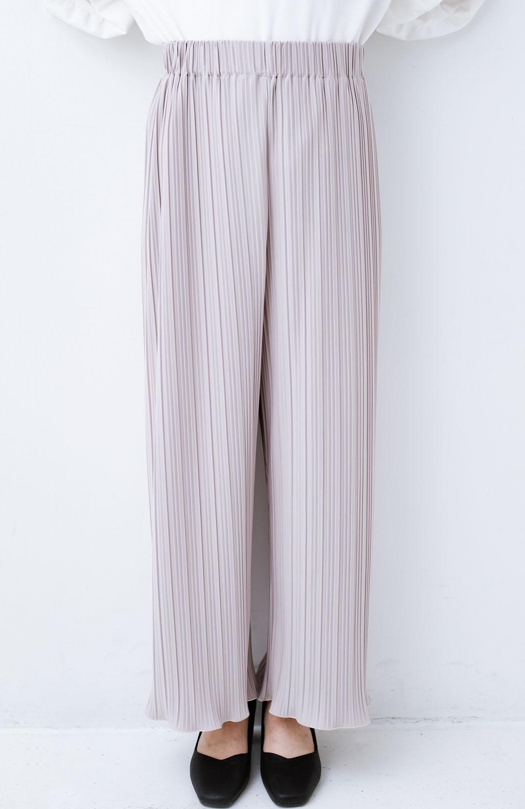 haco! パンツ派さんのデートにもカジュアル派さんの重ね着にも便利なプリーツパンツ  <ライトグレー>の商品写真3