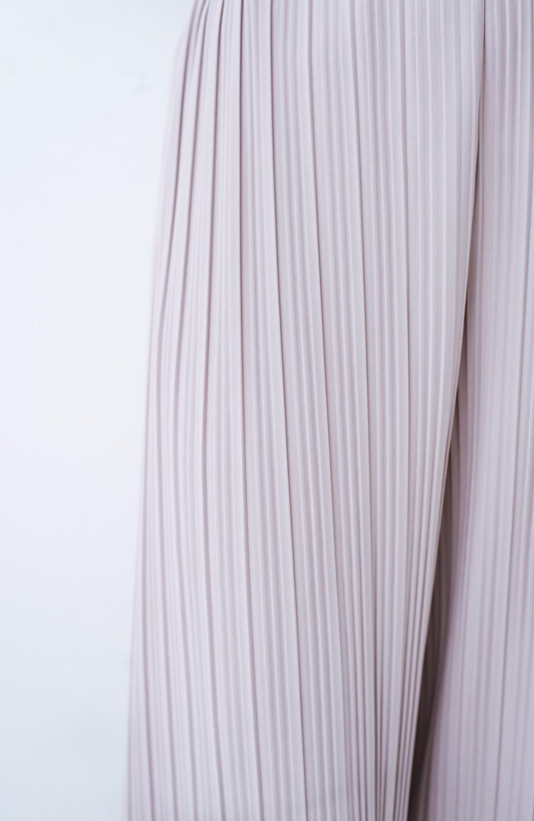 haco! パンツ派さんのデートにもカジュアル派さんの重ね着にも便利なプリーツパンツ  <ライトグレー>の商品写真7