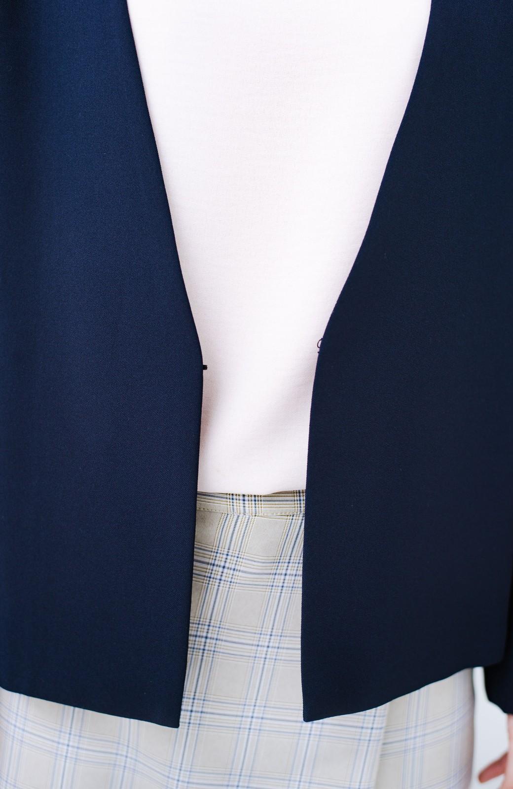 haco! 持っていると便利な 野暮ったくならないウエストベルト付きフォーマルジャケット <ダークネイビー>の商品写真5