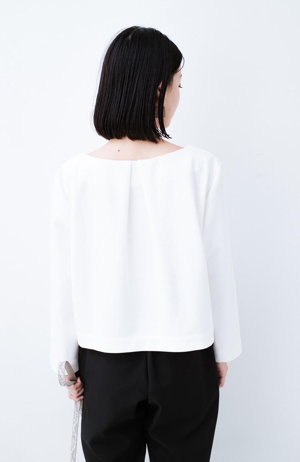haco! Tシャツよりもきちんと見えてブラウスよりも動きやすい!カットソートップス <ホワイト>の商品写真15