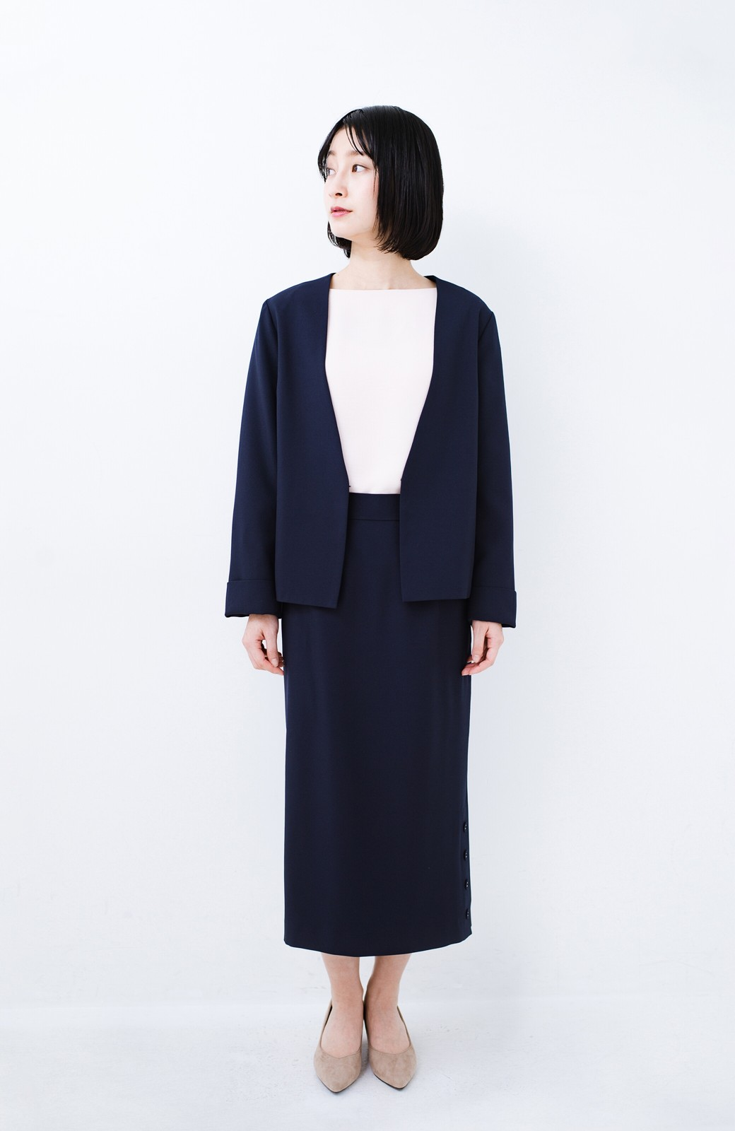 haco! 持っていると便利な野暮ったくならないフォーマルジャケット・スカートの2点セット <ダークネイビー>の商品写真5