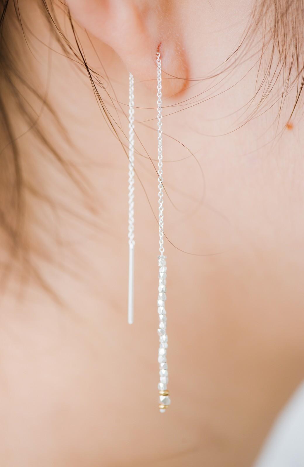 haco! 繊細な仕上がりが女性らしさを際立たせるチェーン&ビーズピアスplala by ciika  <シルバー>の商品写真10