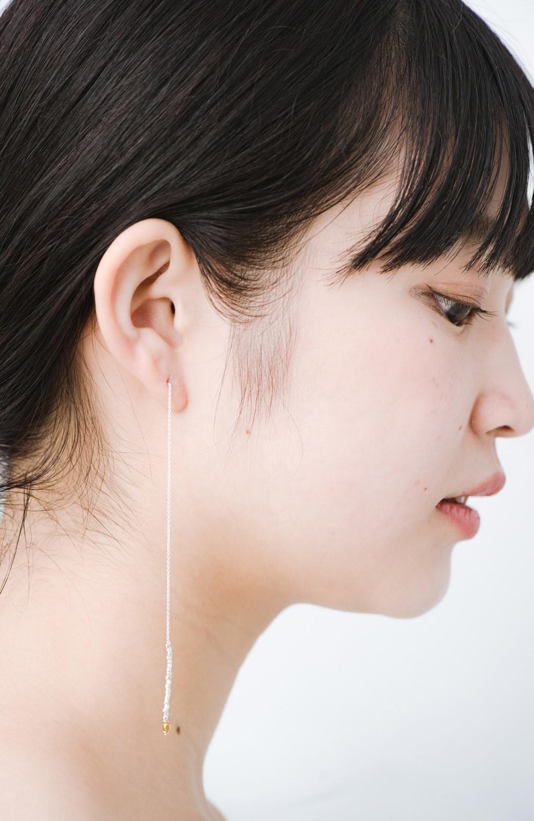 haco! 繊細な仕上がりが女性らしさを際立たせるチェーン&ビーズピアスplala by ciika  <ゴールド>の商品写真3