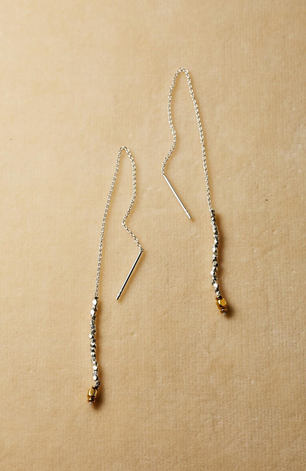 haco! 繊細な仕上がりが女性らしさを際立たせるチェーン&ビーズピアスplala by ciika  <ゴールド>の商品写真1