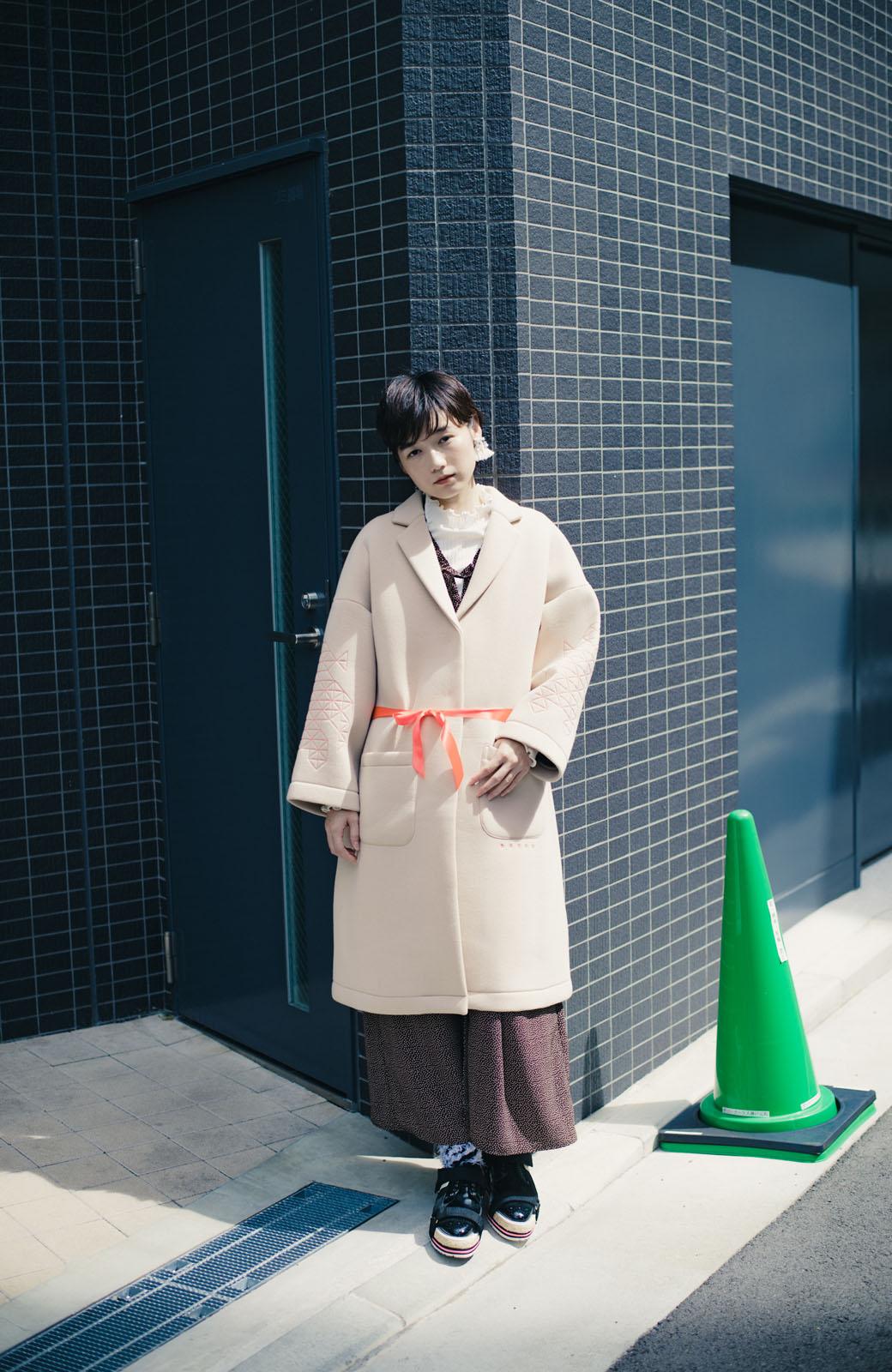 haco! haco! × RBTXCOネオンカラーで気分もUP!DOGUU(土偶)刺繍と蛍光リボンのボンディングコート <ベージュ>の商品写真11