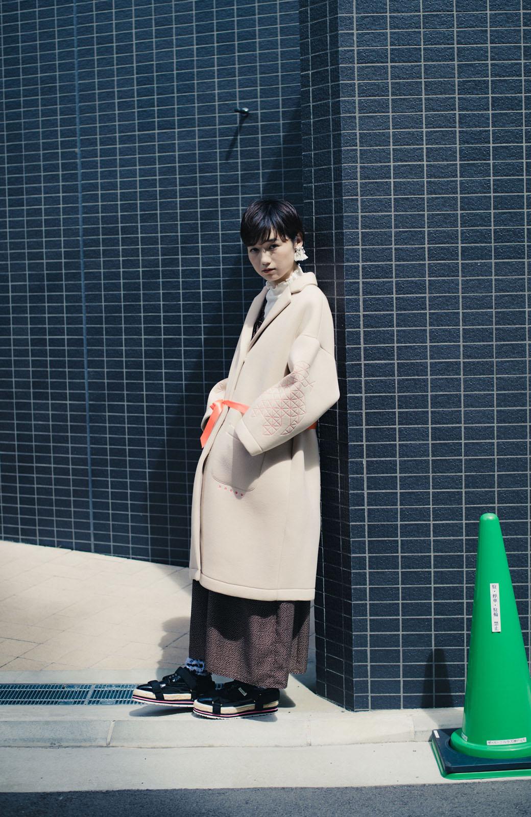 haco! haco! × RBTXCOネオンカラーで気分もUP!DOGUU(土偶)刺繍と蛍光リボンのボンディングコート <ベージュ>の商品写真12