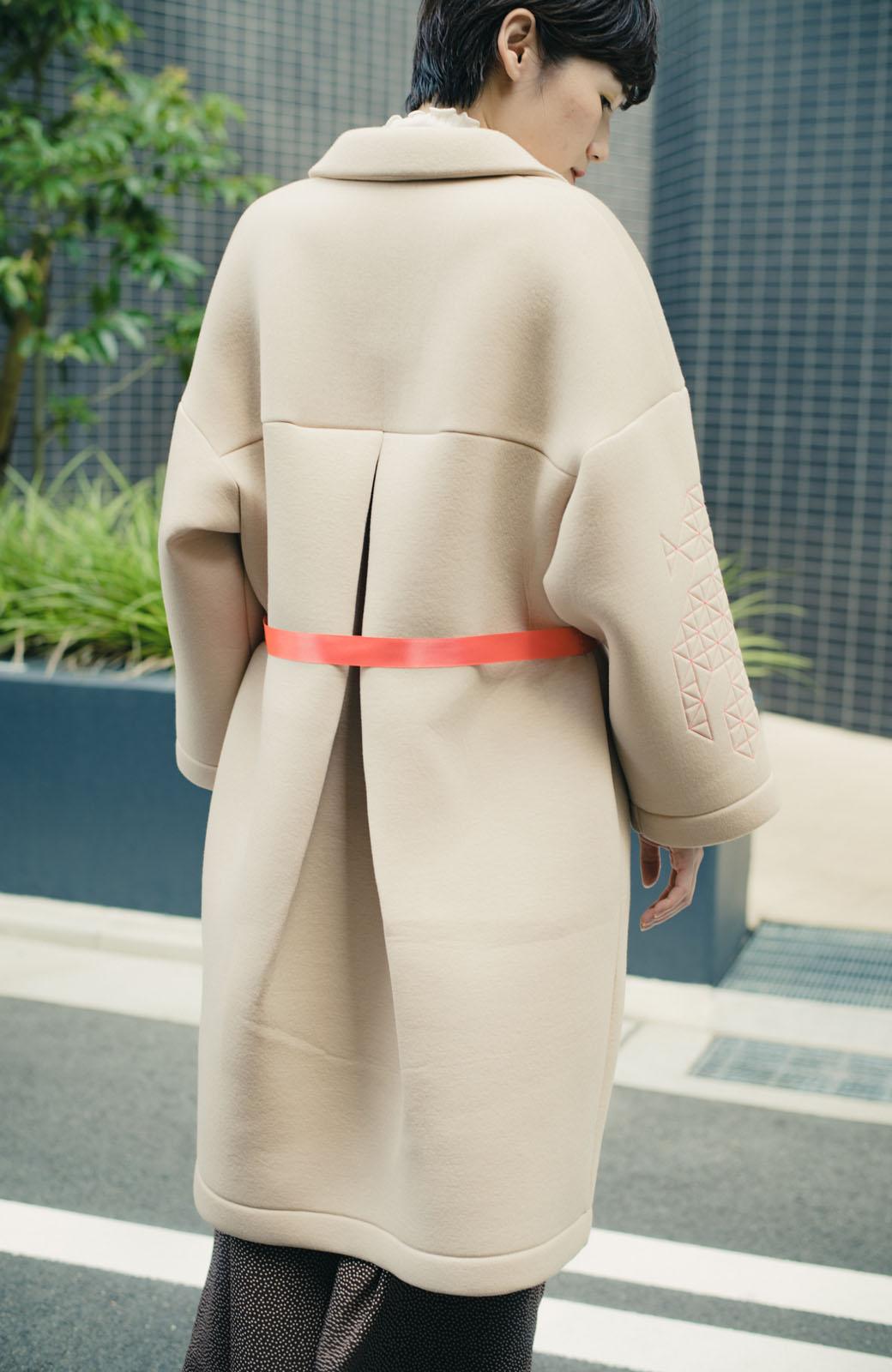 haco! haco! × RBTXCOネオンカラーで気分もUP!DOGUU(土偶)刺繍と蛍光リボンのボンディングコート <ベージュ>の商品写真14
