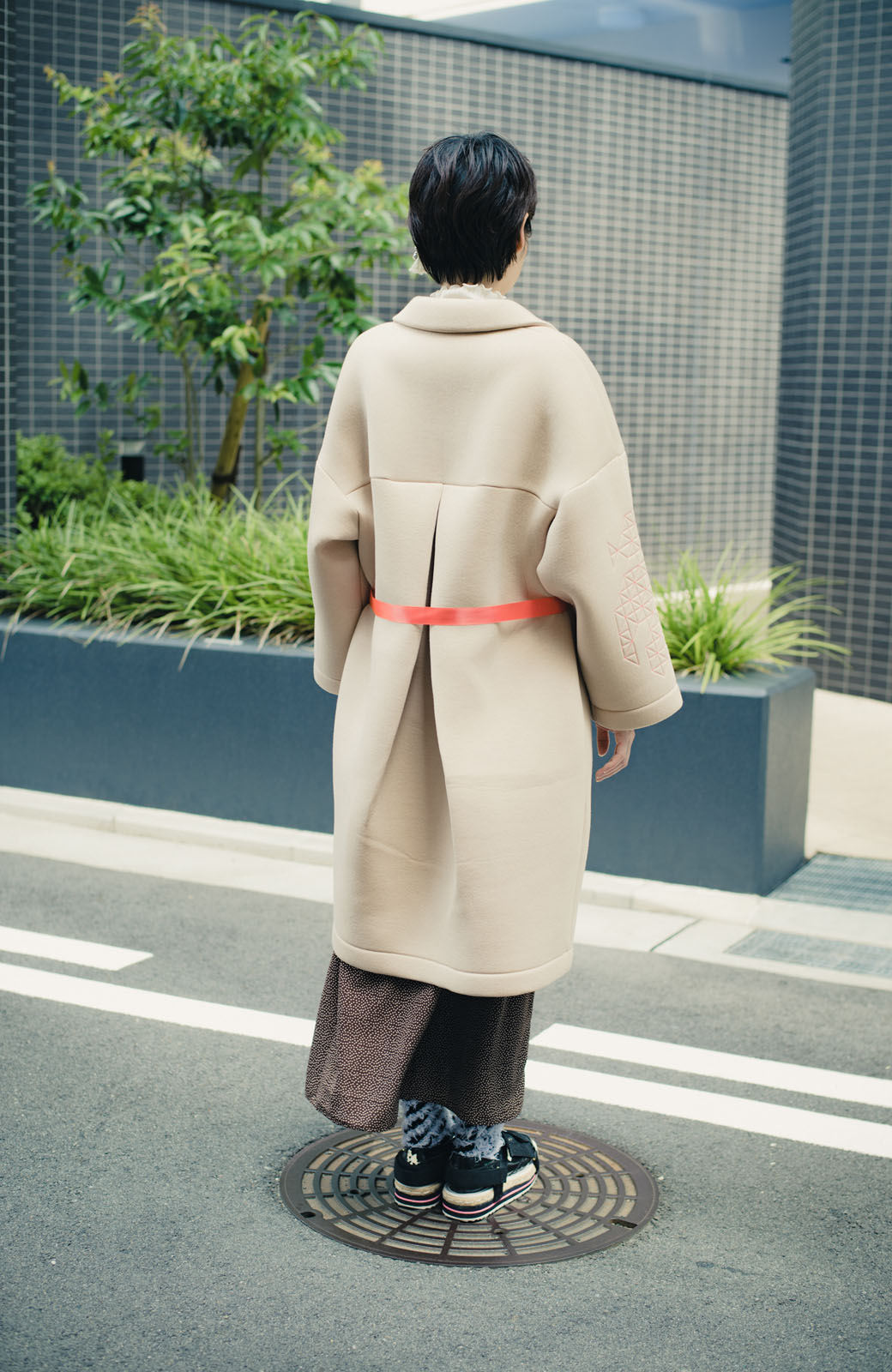 haco! haco! × RBTXCOネオンカラーで気分もUP!DOGUU(土偶)刺繍と蛍光リボンのボンディングコート <ベージュ>の商品写真16