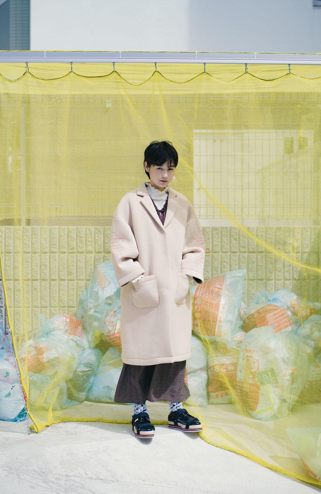 haco! haco! × RBTXCOネオンカラーで気分もUP!DOGUU(土偶)刺繍と蛍光リボンのボンディングコート <ベージュ>の商品写真17