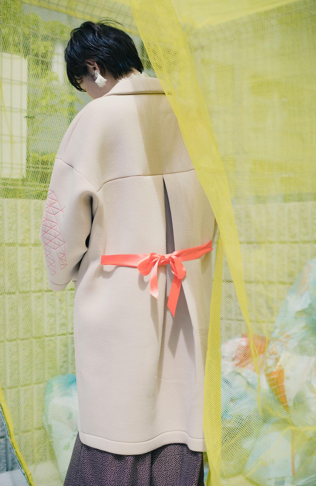 haco! haco! × RBTXCOネオンカラーで気分もUP!DOGUU(土偶)刺繍と蛍光リボンのボンディングコート <ベージュ>の商品写真6
