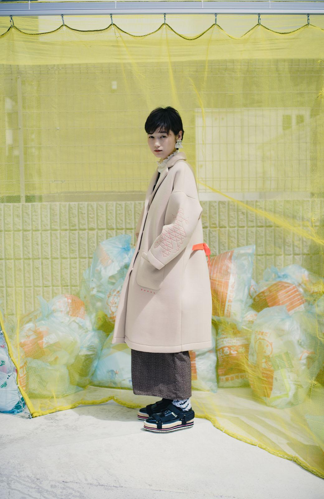 haco! haco! × RBTXCOネオンカラーで気分もUP!DOGUU(土偶)刺繍と蛍光リボンのボンディングコート <ベージュ>の商品写真8