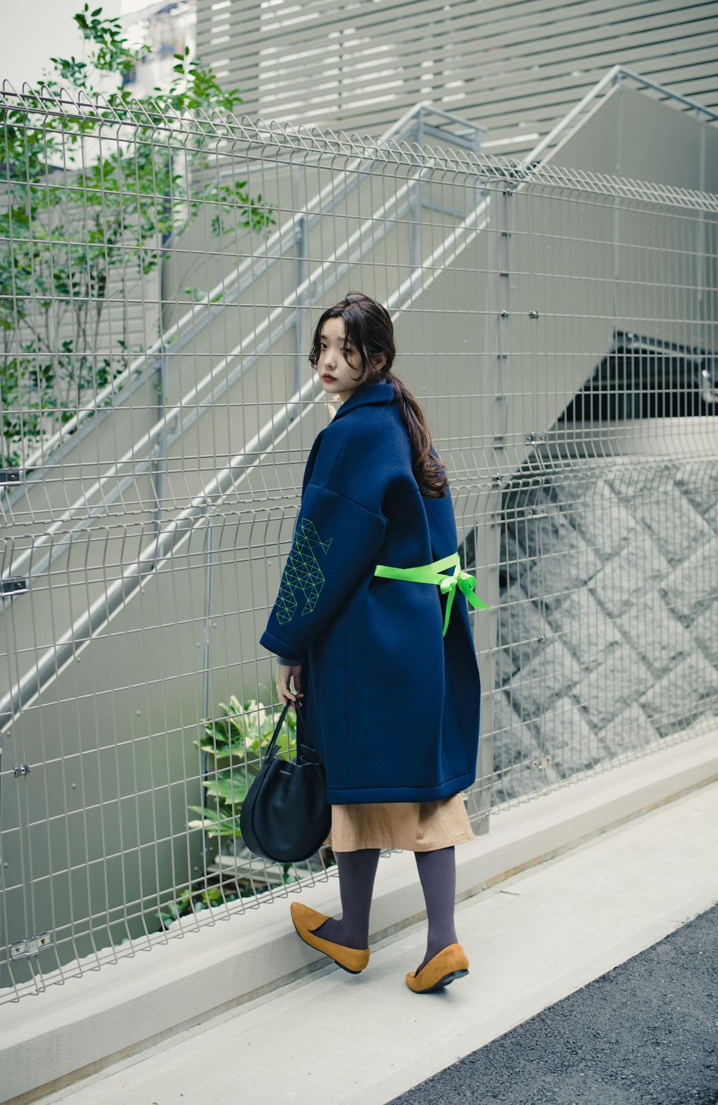 haco! haco! × RBTXCOネオンカラーで気分もUP!DOGUU(土偶)刺繍と蛍光リボンのボンディングコート <ネイビー>の商品写真17