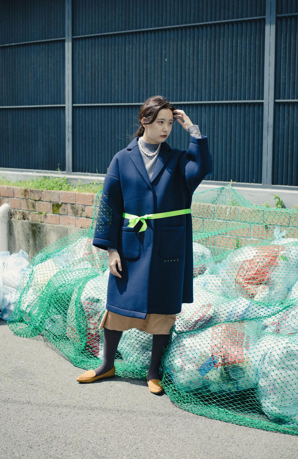 haco! haco! × RBTXCOネオンカラーで気分もUP!DOGUU(土偶)刺繍と蛍光リボンのボンディングコート <ネイビー>の商品写真20