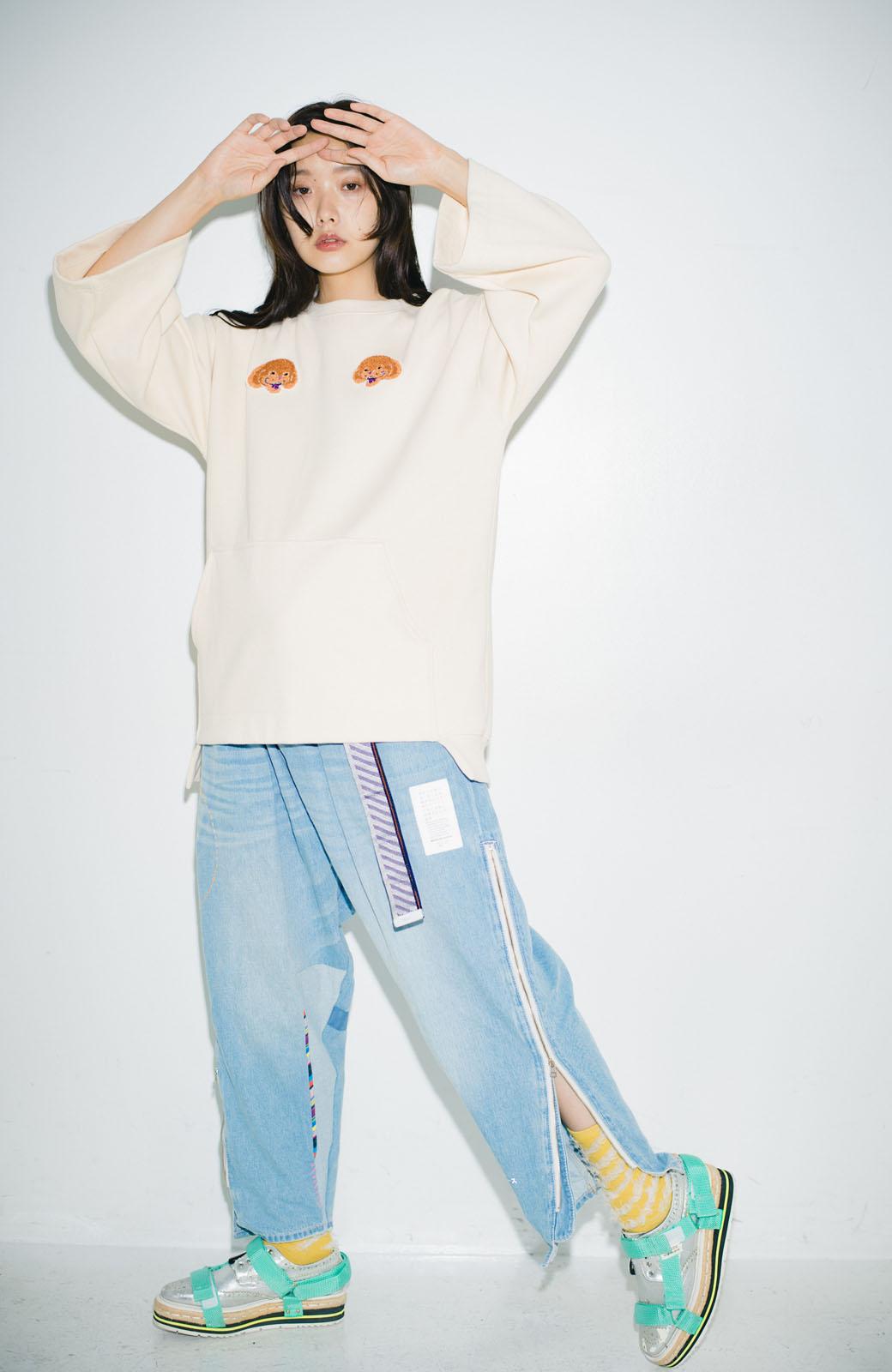haco! haco! × RBTXCO何色がお好き?プードルちゃんのぷくぷく刺繍ワッペン付きスウェットプルオーバー <オフホワイト>の商品写真19