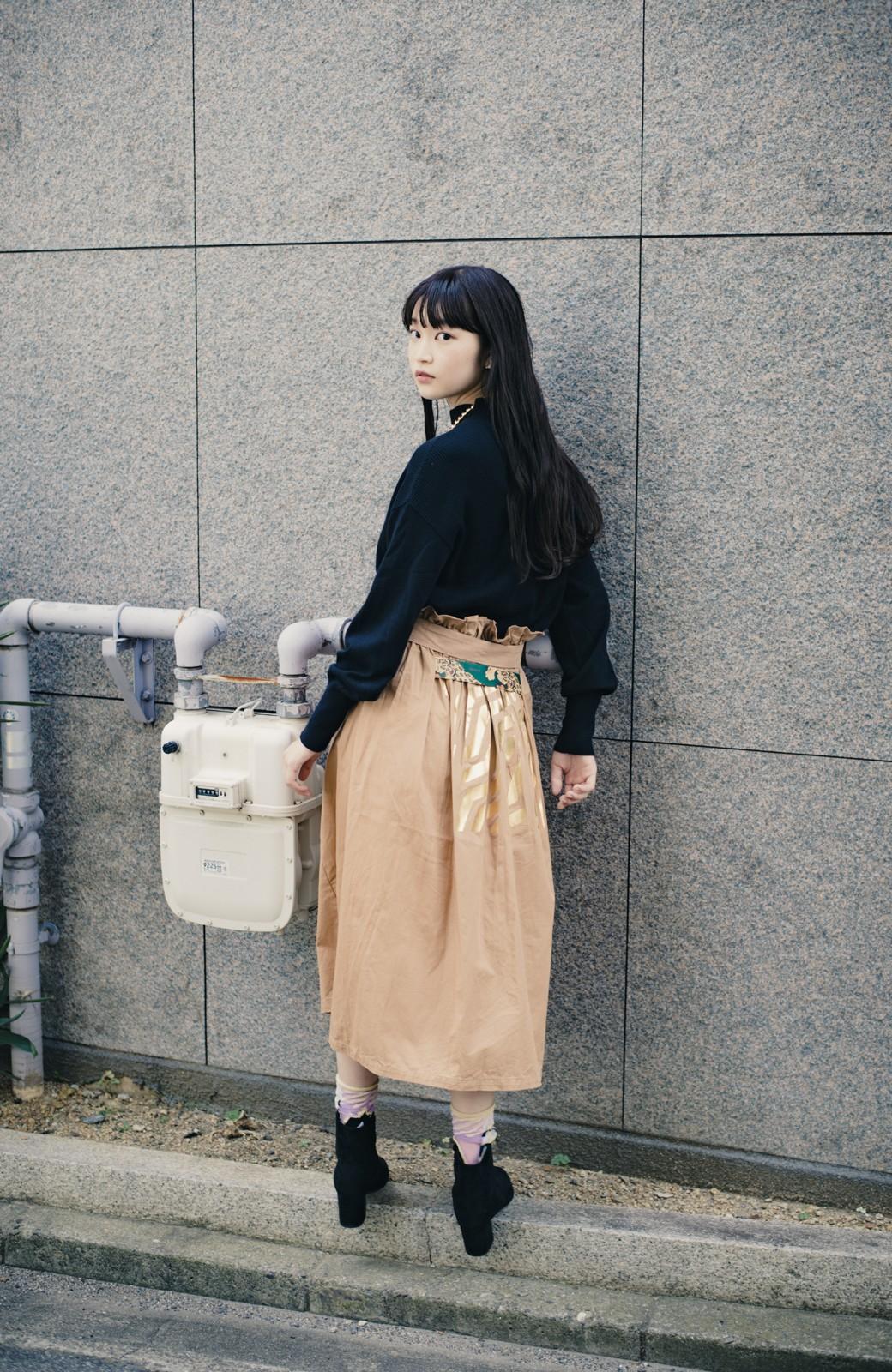 haco! haco! × RBTXCO後ろ姿にトキメキ 箔プリントとヒョウ柄ゴムのウエストリボンスカート <ベージュ>の商品写真15