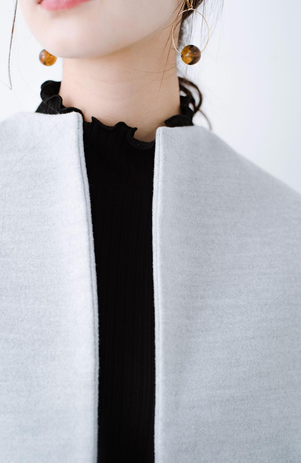 haco! インにどんなニットも着られるゆるシルエットのショート丈コート <グレー>の商品写真10
